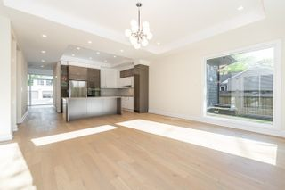 Photo 17: 2000 Oxbow Ave in Ottawa: House for sale