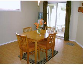 Photo 3: 330 QUEEN Street in WINNIPEG: St James Residential for sale (West Winnipeg)  : MLS®# 2814466