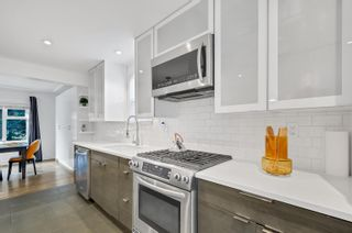 Photo 4: 3861 W 27TH Avenue in Vancouver: Dunbar House for sale (Vancouver West)  : MLS®# R2624486