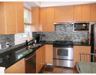 Photo 3: 837 W 19TH Avenue in Vancouver: Cambie 1/2 Duplex for sale (Vancouver West)  : MLS®# V766946
