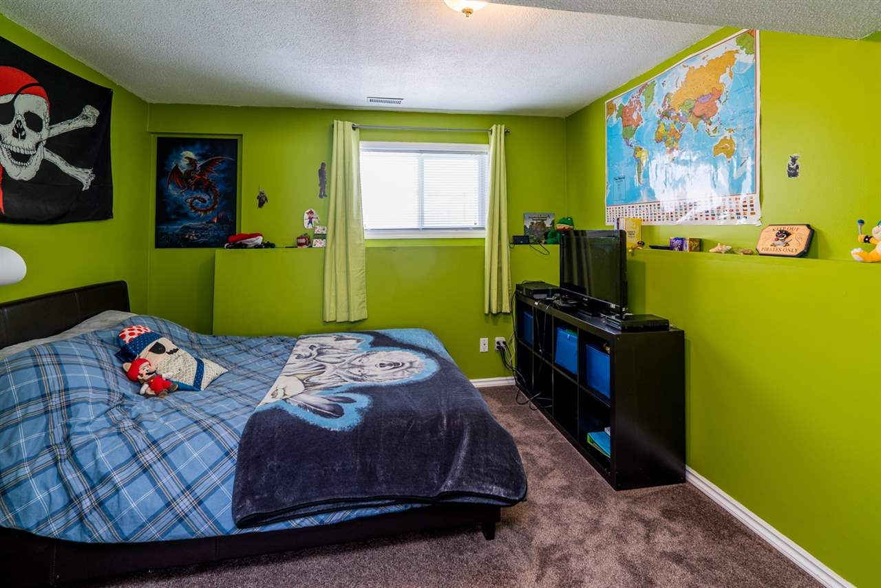 """Photo 15: Photos: 6968 O'GRADY Road in Prince George: St. Lawrence Heights House for sale in """"ST. LAWRENCE HTS/SOUTHRIDGE"""" (PG City South (Zone 74))  : MLS®# R2138337"""