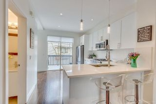 Photo 6: 85 100 KLAHANIE DRIVE in Port Moody: Port Moody Centre Townhouse for sale : MLS®# R2253692