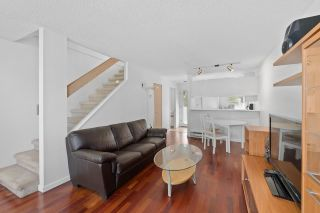 """Photo 4: 930 W 14TH Avenue in Vancouver: Fairview VW Townhouse for sale in """"Fairview Court"""" (Vancouver West)  : MLS®# R2574639"""