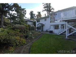 Photo 19: 2882 Wyndeatt Ave in VICTORIA: SW Gorge House for sale (Saanich West)  : MLS®# 516813