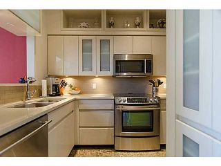 """Photo 7: THB 1207 MARINASIDE Crescent in Vancouver: Yaletown Townhouse for sale in """"The Peninsula"""" (Vancouver West)  : MLS®# V1046022"""