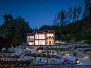 """Photo 33: 315 FURRY CREEK Drive in West Vancouver: Furry Creek House for sale in """"BENCHLANDS"""" : MLS®# R2619633"""