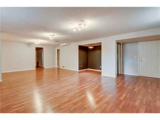 Photo 33: 6120 84 Street NW in Calgary: Silver Springs House for sale : MLS®# C4049555