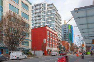 Photo 8: 801 834 Johnson St in : Vi Downtown Condo for sale (Victoria)  : MLS®# 869294