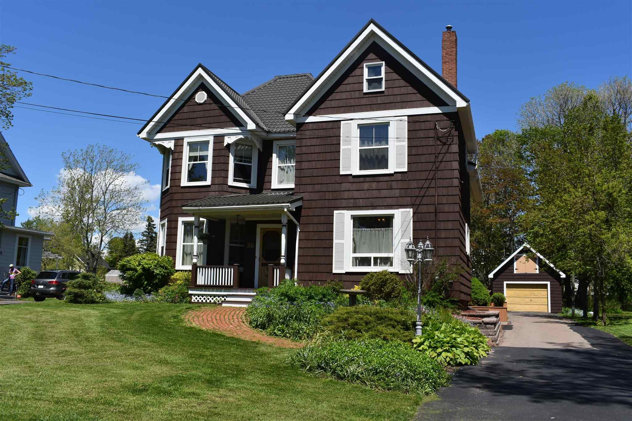Main Photo: 36 Rupert Street in Amherst: 101-Amherst,Brookdale,Warren Residential for sale (Northern Region)  : MLS®# 202113795