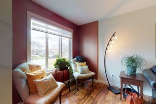 Photo 5: 120 Cy Becker BLVD in Edmonton: House Half Duplex for sale : MLS®# E4182256