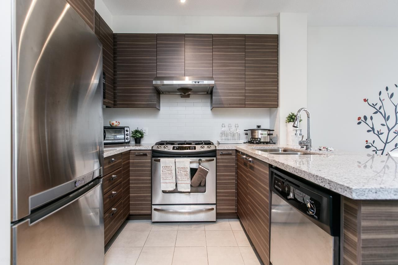 """Photo 4: Photos: 156 9388 MCKIM Way in Richmond: West Cambie Condo for sale in """"MAYFAIR PLACE"""" : MLS®# R2040447"""