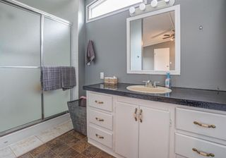 Photo 10: 111 Heritage Drive: Okotoks Mobile for sale : MLS®# A1102220