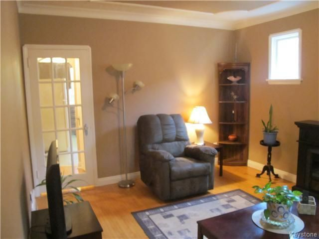 Photo 11: Photos:  in WINNIPEG: East Kildonan Residential for sale (North East Winnipeg)  : MLS®# 1527624