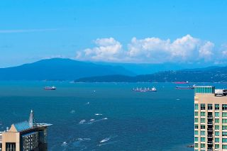 "Photo 18: 3703 1480 HOWE Street in Vancouver: Yaletown Condo for sale in ""Vancouver House"" (Vancouver West)  : MLS®# R2527999"