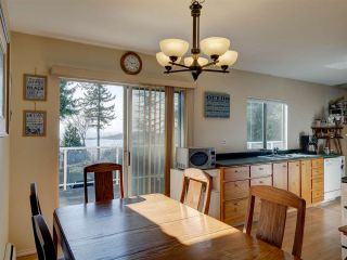 """Photo 15: 8089 REDROOFFS Road in Halfmoon Bay: Halfmn Bay Secret Cv Redroofs House for sale in """"WELCOME WOODS"""" (Sunshine Coast)  : MLS®# R2563771"""