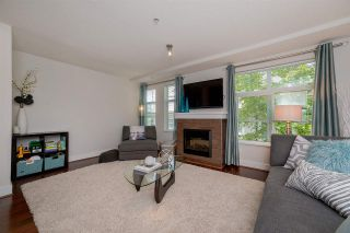 """Photo 4: 39 15833 26 Avenue in Surrey: Grandview Surrey Townhouse for sale in """"Brownstones"""" (South Surrey White Rock)  : MLS®# R2277501"""