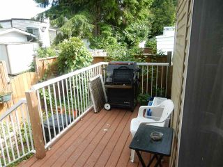 """Photo 10: 15 15820 FRASER Highway in Surrey: Fleetwood Tynehead Manufactured Home for sale in """"Greentree Estates"""" : MLS®# R2088242"""