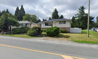 Photo 3: 10525 156 Street in Surrey: Guildford House for sale (North Surrey)  : MLS®# R2458243