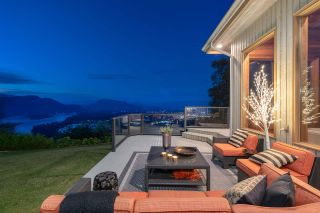 """Photo 17: 8492 HUCKLEBERRY Place in Chilliwack: Chilliwack Mountain House for sale in """"CHILLIWACK MOUNTAIN"""" : MLS®# R2476949"""