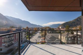 "Photo 14: 602 38013 THIRD Avenue in Squamish: Downtown SQ Condo for sale in ""THE LAUREN"" : MLS®# R2458199"
