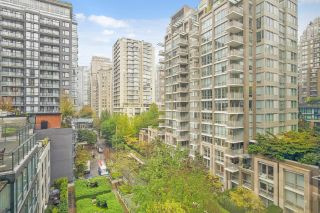 """Photo 1: 806 1082 SEYMOUR Street in Vancouver: Downtown VW Condo for sale in """"FREESIA"""" (Vancouver West)  : MLS®# R2621696"""