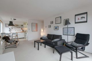 """Photo 3: 205 131 W 4TH Street in North Vancouver: Lower Lonsdale Condo for sale in """"Nottingham Place"""" : MLS®# R2003888"""