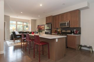 Photo 2: 3362 MT SEYMOUR PARKWAY in North Vancouver: Northlands Townhouse for sale : MLS®# R2022071