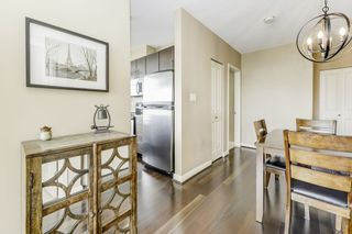 """Photo 4: 2906 892 CARNARVON Street in New Westminster: Downtown NW Condo for sale in """"AZURE II"""" : MLS®# R2361164"""