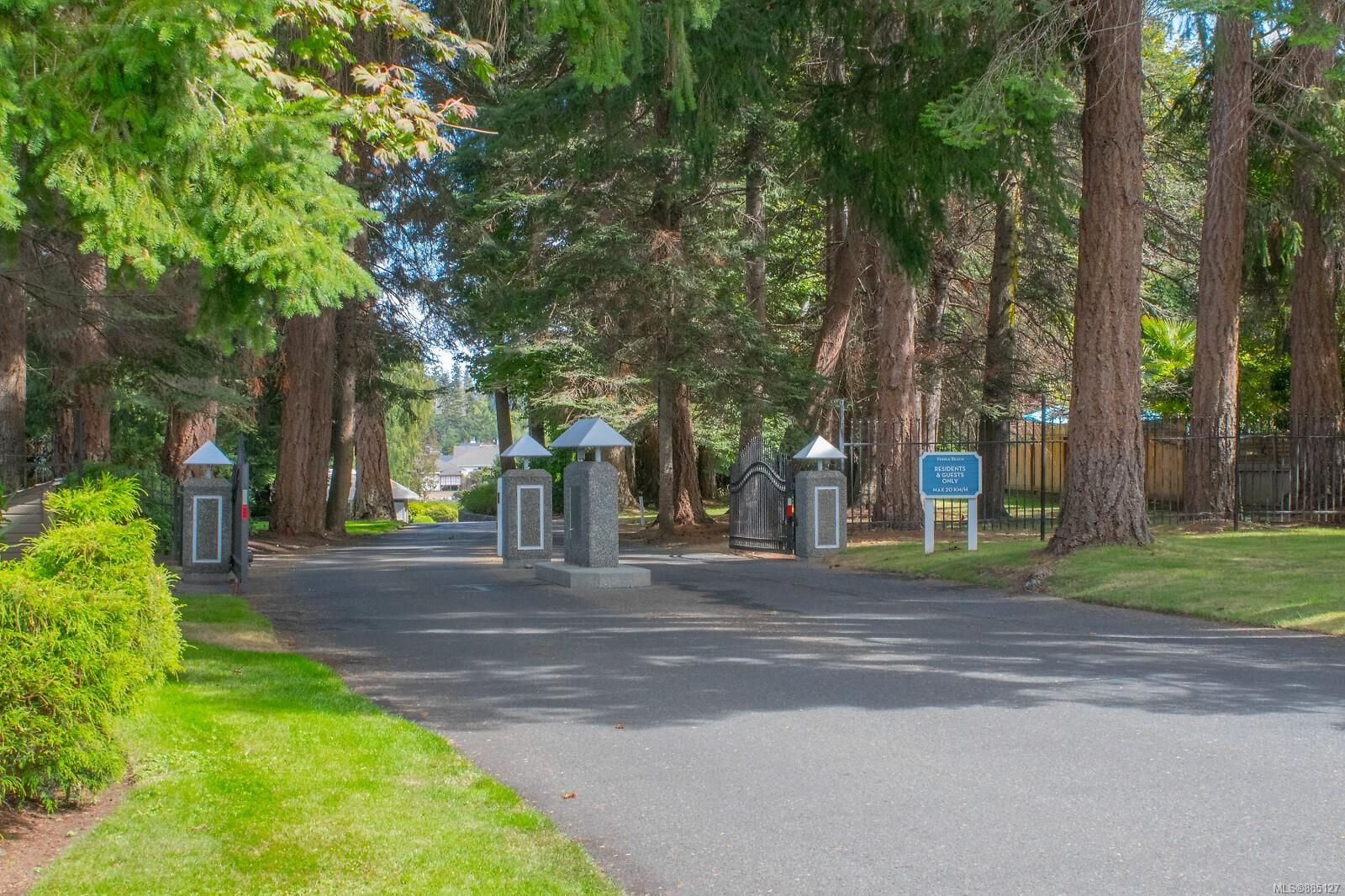Photo 17: Photos: 26 529 Johnstone Rd in : PQ French Creek Row/Townhouse for sale (Parksville/Qualicum)  : MLS®# 885127