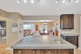 Photo 12: 300 Milburn Dr in Colwood: Co Lagoon House for sale : MLS®# 862707