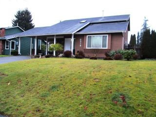 Photo 1: 6318 180A Street in Cloverdale: Home for sale : MLS®# f1400501