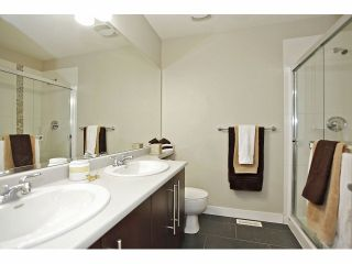 """Photo 18: 11 18199 70 Avenue in Surrey: Cloverdale BC Townhouse for sale in """"AUGUSTA AT PROVINCETON"""" (Cloverdale)  : MLS®# F1326688"""