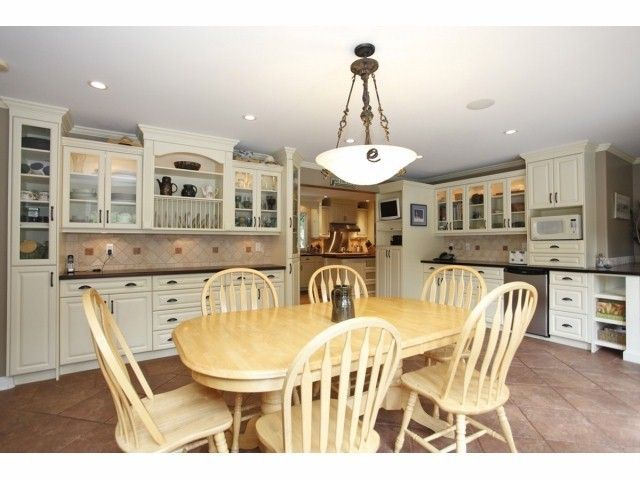 Photo 6: Photos: 29 Clovermeadows Cr in Langley: Salmon River House for sale : MLS®# F1429992