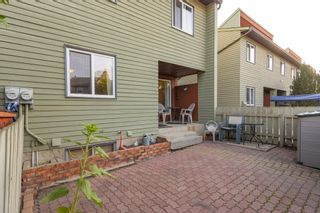 Photo 38: 5339 HILL VIEW Crescent in Edmonton: Zone 29 Townhouse for sale : MLS®# E4262220