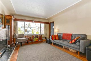 """Photo 5: 108 E 56TH Avenue in Vancouver: South Vancouver House for sale in """"LANGARA"""" (Vancouver East)  : MLS®# R2257447"""