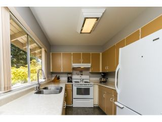 """Photo 15: 1172 CHATEAU Place in Port Moody: College Park PM Townhouse for sale in """"CHATEAU PLACE"""" : MLS®# R2056264"""