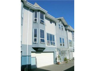 Photo 1: 17 5740 MARINE WAY in Sechelt: Sechelt District Townhouse for sale (Sunshine Coast)  : MLS®# V1118432