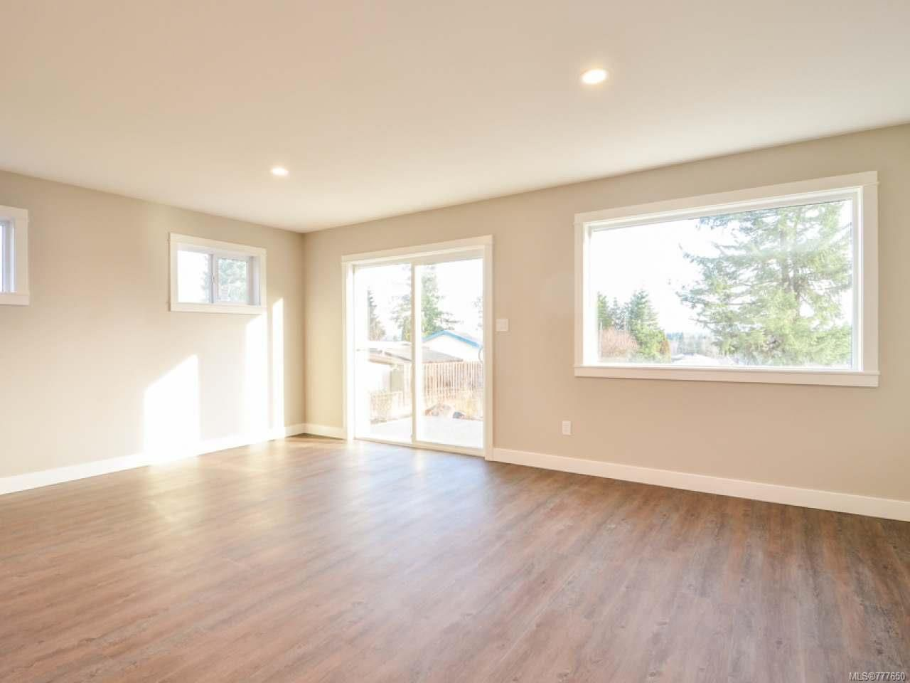 Photo 9: Photos: 2 535 Petersen Rd in CAMPBELL RIVER: CR Campbell River West Half Duplex for sale (Campbell River)  : MLS®# 777650