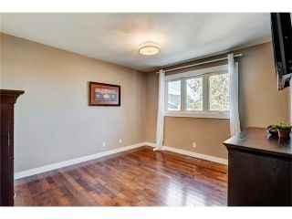 Photo 19: 5612 LADBROOKE Drive SW in Calgary: Lakeview House for sale : MLS®# C4036600
