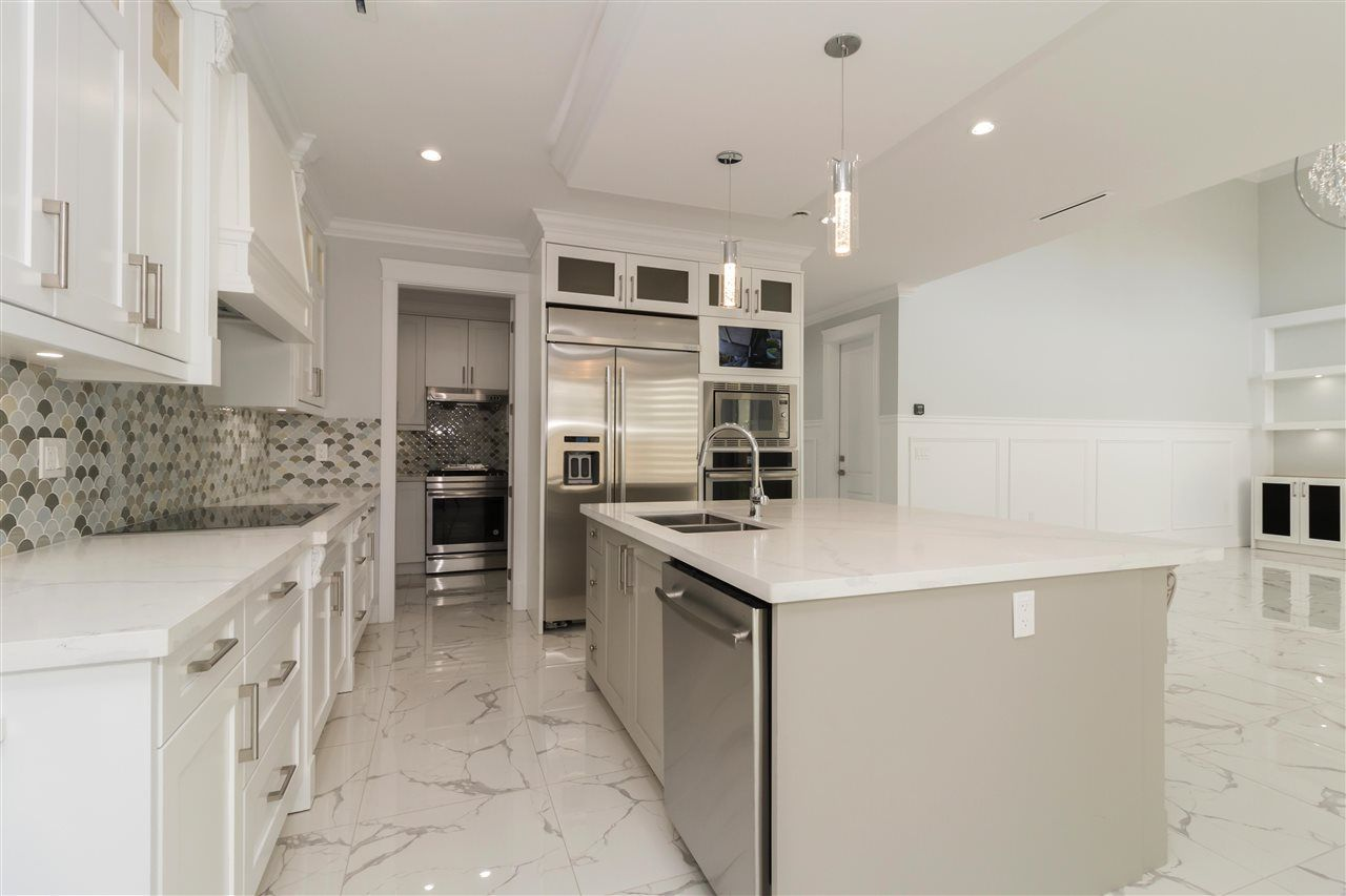 Photo 5: Photos: 10251 RUSKIN Road in Richmond: South Arm House for sale : MLS®# R2374074