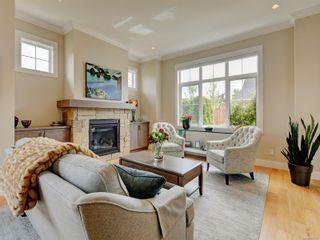 Photo 2: 2051B Seawind Way in Sidney: Si Sidney North-East Half Duplex for sale : MLS®# 874117