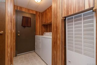 Photo 16: 11 151 Cooper Rd in VICTORIA: VR Glentana Manufactured Home for sale (View Royal)  : MLS®# 805155