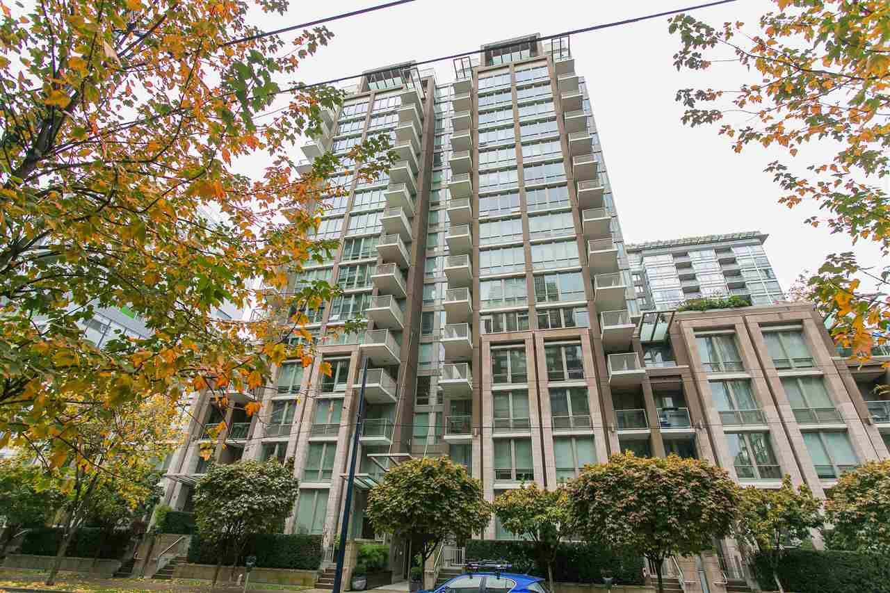 Main Photo: 209 1055 Richards Street in Vancouver: Yaletown Condo for sale (Vancouver West)  : MLS®# R2220082