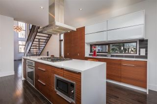 Photo 12: 10937 74 Avenue in Edmonton: Zone 15 House for sale : MLS®# E4238614