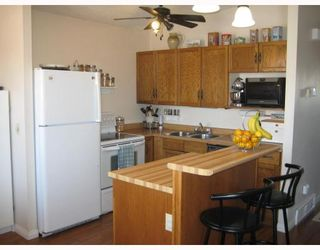 Photo 2: 1833 PLESSIS Road in WINNIPEG: Transcona Residential for sale (North East Winnipeg)  : MLS®# 2821580