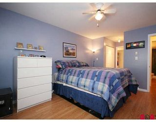 """Photo 8: 205 20189 54TH Avenue in Langley: Langley City Condo for sale in """"CATALINA GARDENS"""" : MLS®# F2900010"""