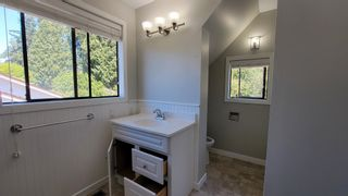 Photo 10: 936 160 Street in Surrey: King George Corridor House for sale (South Surrey White Rock)  : MLS®# R2616756