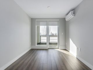 "Photo 8: 305 4289 HASTINGS Street in Burnaby: Vancouver Heights Condo for sale in ""MODENA"" (Burnaby North)  : MLS®# R2354279"