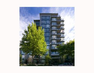 """Photo 10: 906 1650 W 7TH Avenue in Vancouver: Fairview VW Condo for sale in """"VIRTU"""" (Vancouver West)  : MLS®# V748830"""