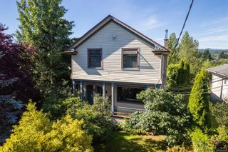 Photo 1: 517 Kennedy St in : Na Old City Full Duplex for sale (Nanaimo)  : MLS®# 882942